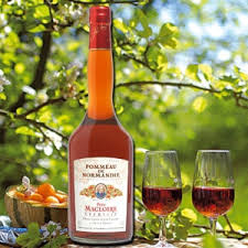 Pommeau Normand can be served as an Aperitif.
